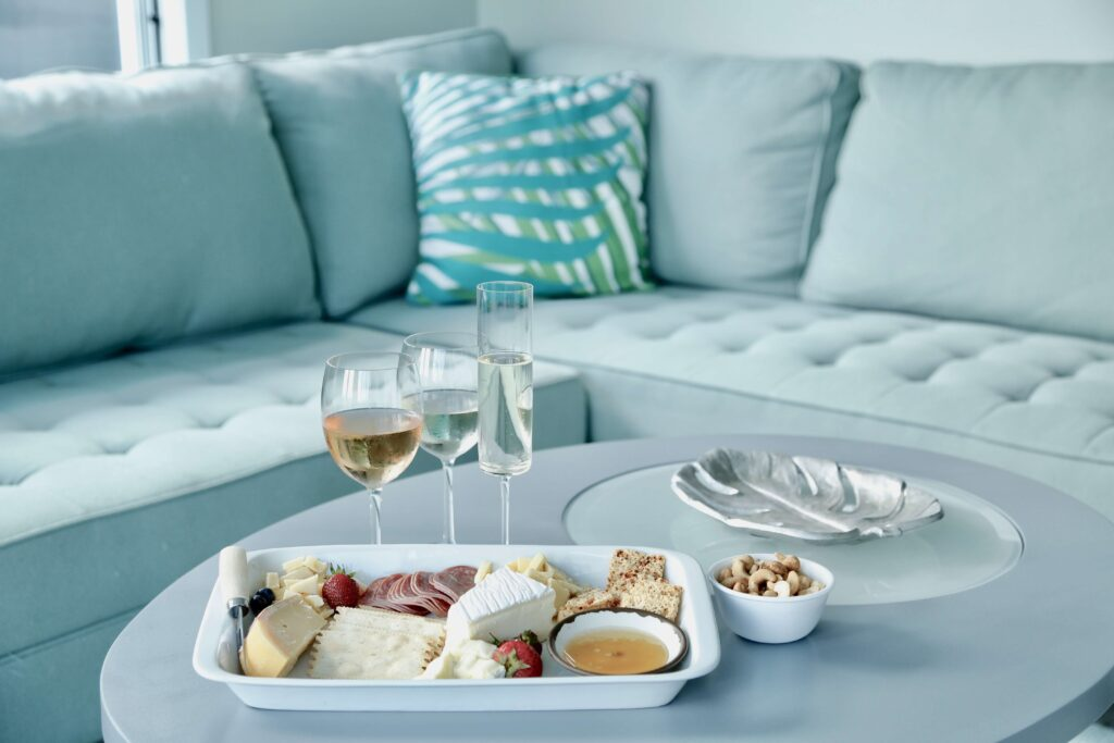 online-wine-tasting-from-the-couch
